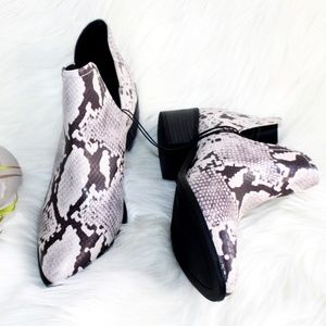 NEW Madden Girl Snake Print Bootie Side Cut Out 8